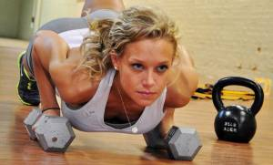 woman-dumbbell-pushup