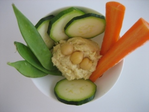 post-veggies-hummus